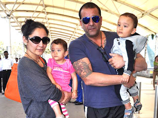Sanjay and Manyata leave for Rohit Dhawan's wedding in Goa Images