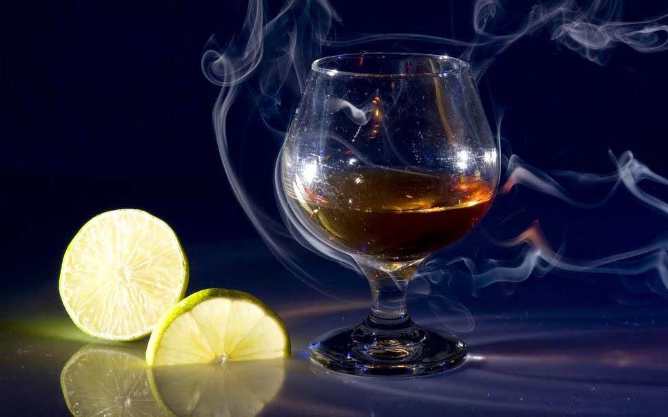glass-of-cognac