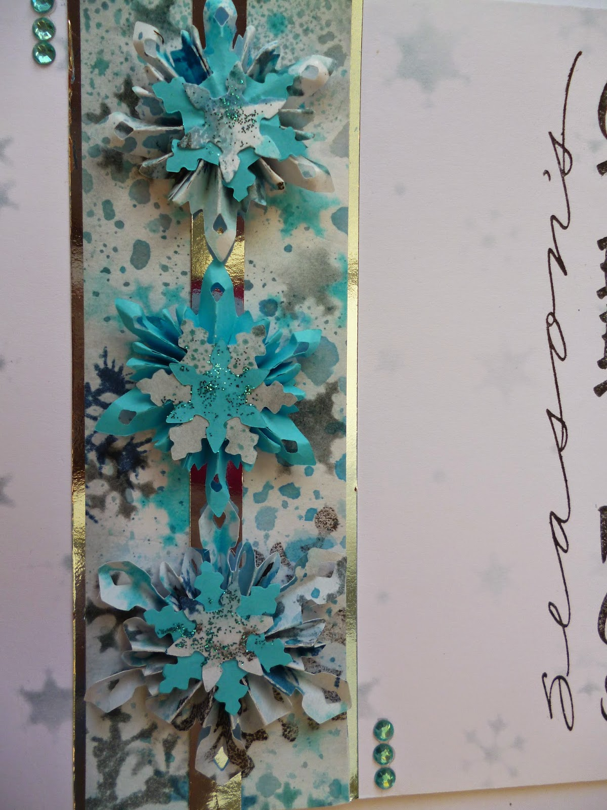 decided to make some different snowflakes this time with the tim holtz dies i really like these though they will be a bit difficult to post as the