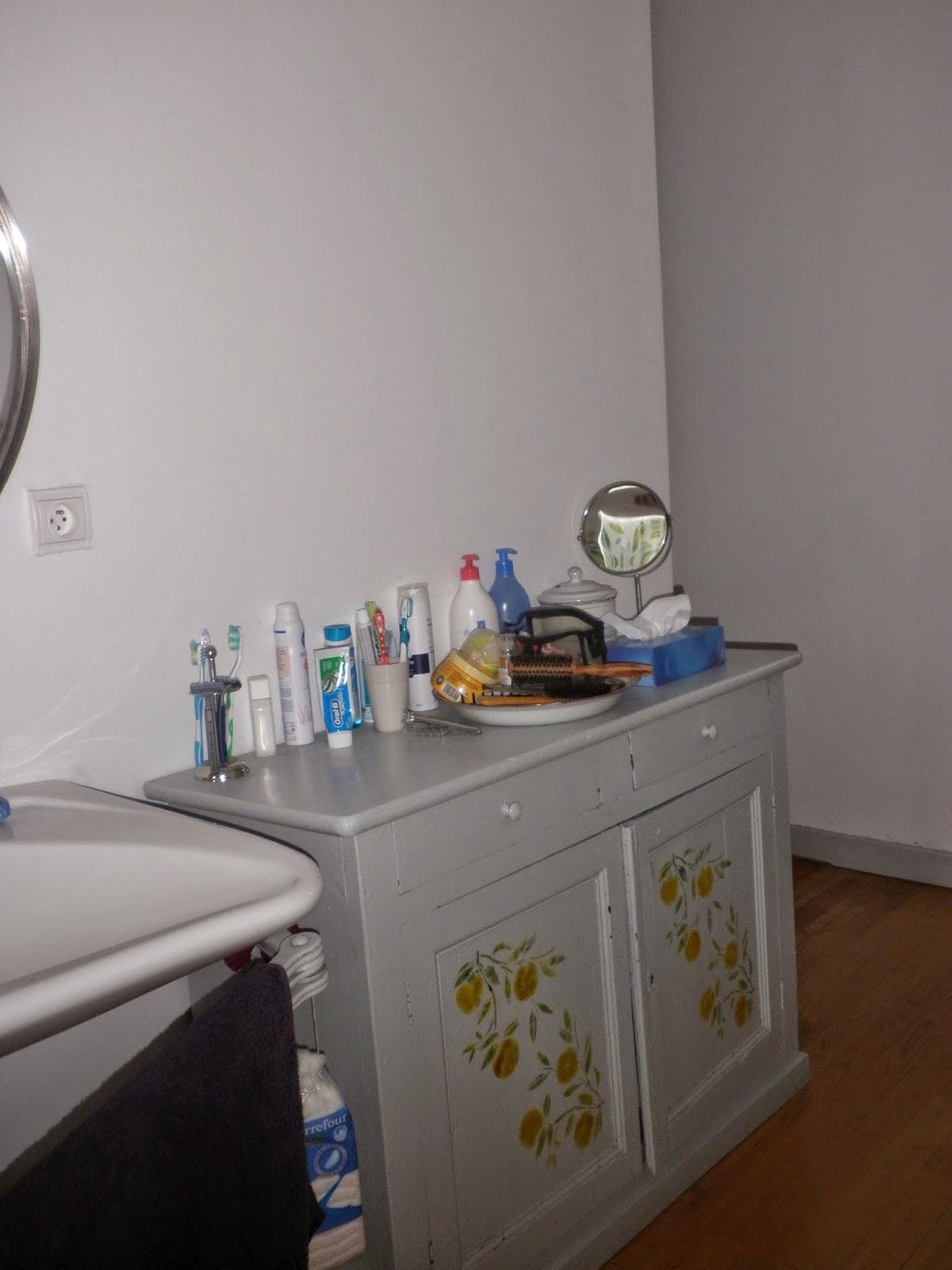 Le jardin des simples pfutt pfutt une salle de bains - Je decore salle de bain ...