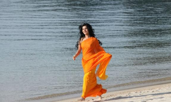 Samantha hot stills from jabardasth movie