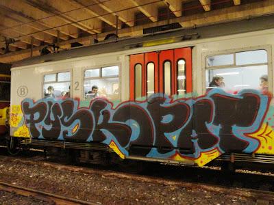 PYSKOPAT graffiti