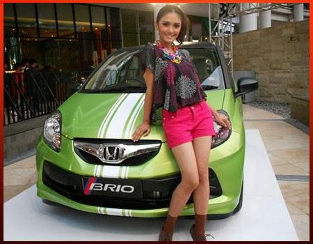 Foto Modifikasi Honda Brio Airbrush 2014