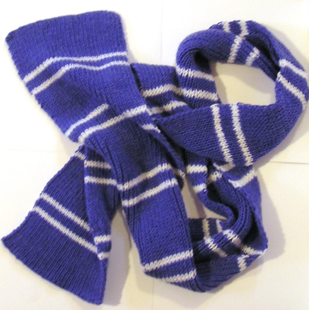 Ravenclaw Scarf Knitting Pattern : Crafts from a Ravenclaw: September 2012