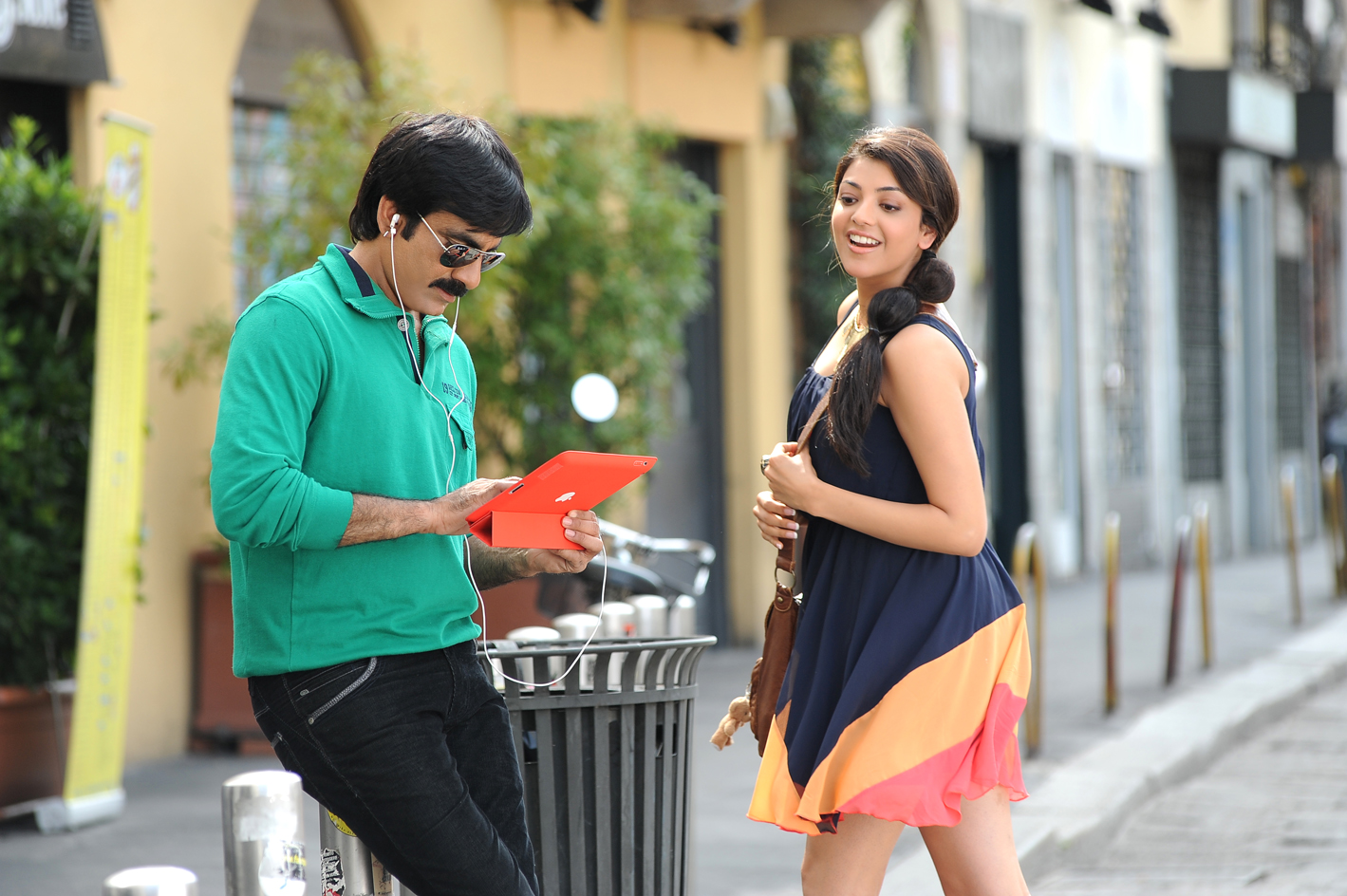 sarocharu movie hd wallpapers | pics | gallery | images | kajal