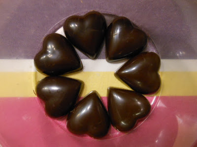 Praline chocolat noir et violette