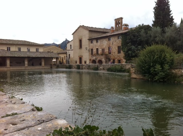 Hot Springs in Tuscany: Bagno Vignoni - October 16, 2013