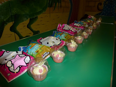 party bags, cupcakes