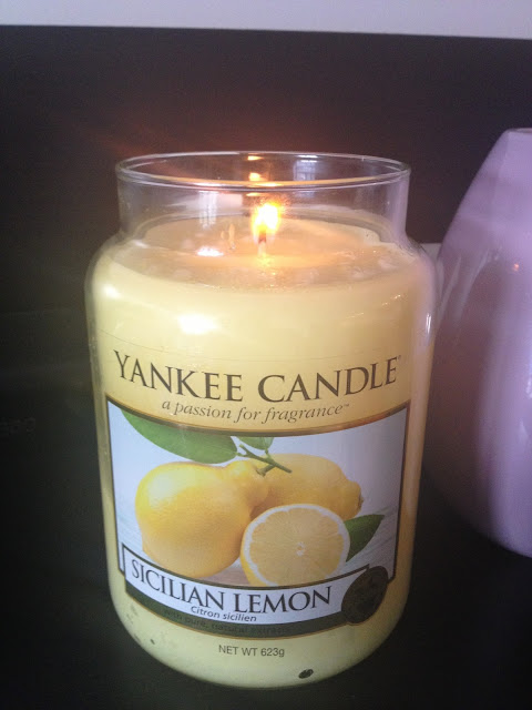 Yankee Candle Sicilian Lemon Fruity Scent Strong