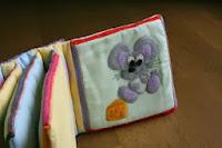 Topo con Formaggio di stoffa libro tattile Idea Regalo Neonato