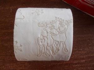 toilet paper reindeers