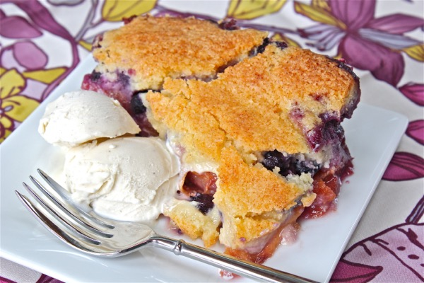 Blueberry peach cobbler with sugar cookie crust