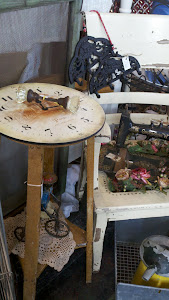 Be creative - a stool with a clock seat