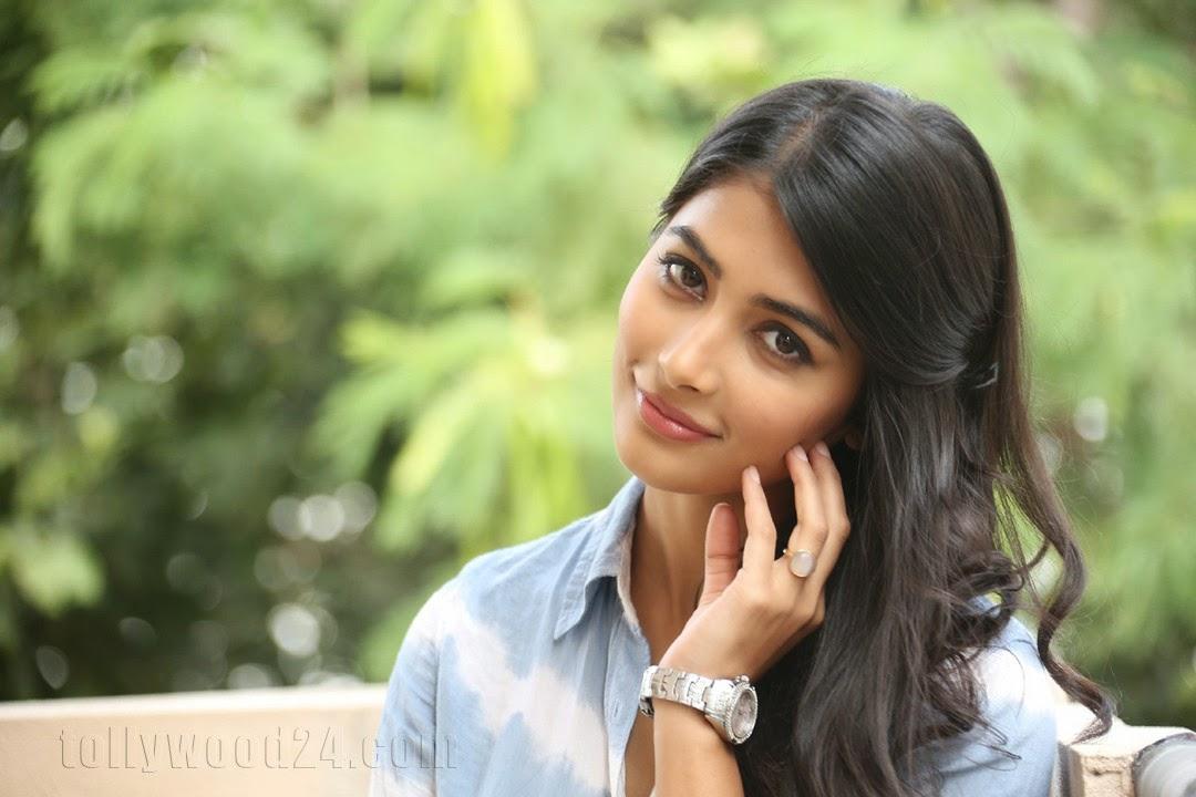 Pooja hegde gorgeous photo shoot-HQ-Photo-2