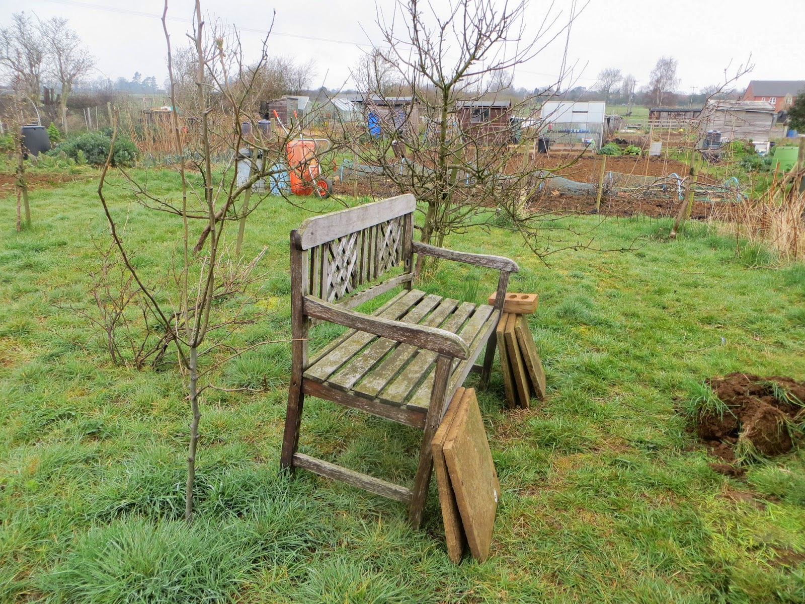 Bench from home to allotment