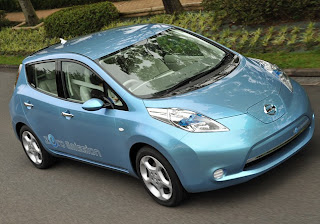 All-electric-Nissan-LEAF-MY11-Canada-2011