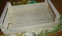 decoupage na drewnianej skrzynce