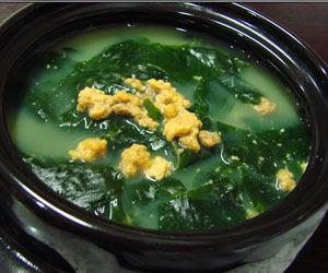 resep Miyeok guk (미역국)