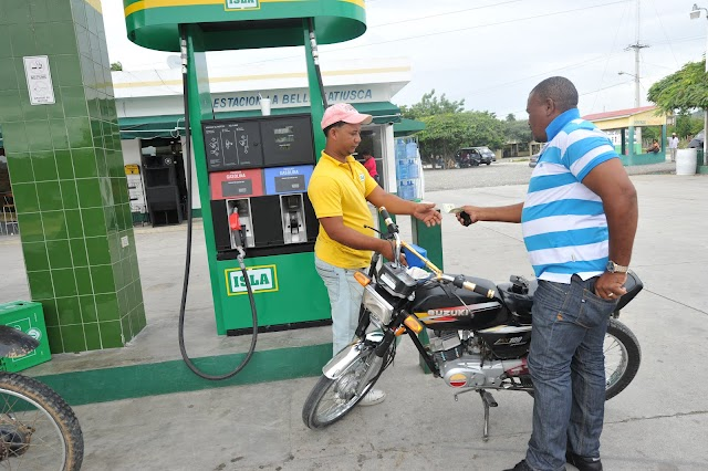 Congelan precios de todos los combustibles
