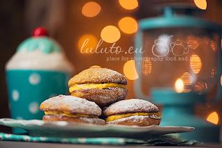 http://luluto.blogspot.com/2013/12/11-pumpkin-whoppie-pies.html