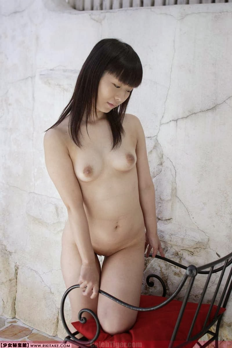 Asian School Girl Tui Kago Nude Outdoor Leaked Photos 2013  www.CelebTiger.com 157 Asian School Girl Yui Kago Nude Outdoor Photos 2013 Part 3