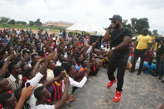 Iyanya Makes Appearance as MTN Football Scholars Tour kicks off in Uni Abuja