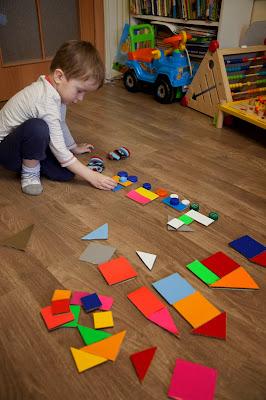 Игрушки из картона для детей.