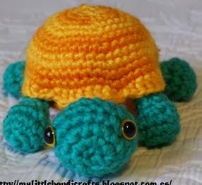 http://mylittlehandicrafts.blogspot.com.es/2014/01/tortuga-amigurumi-patron.html