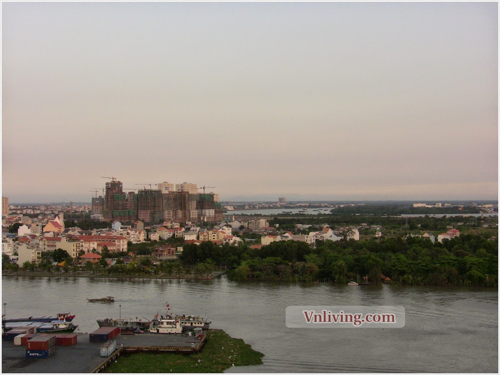 Apartment for lease viewing The Saigon River