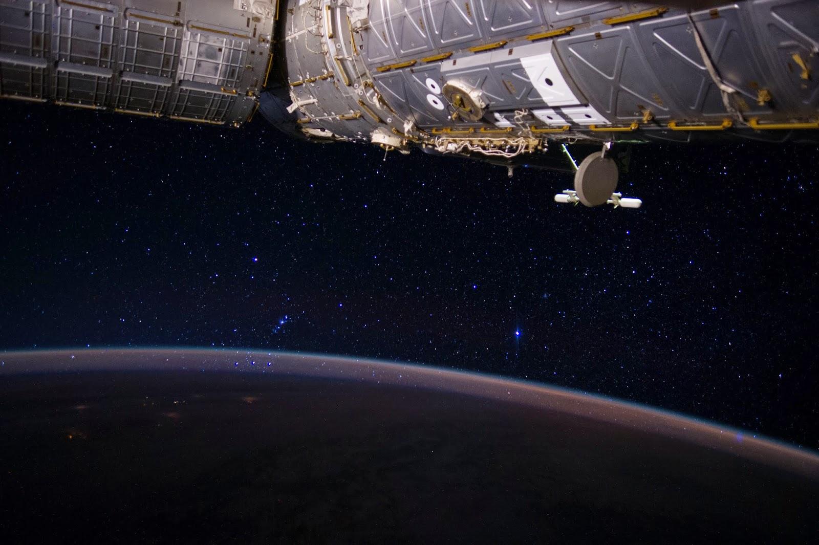 Constelação de Orion vista a partir da ISS