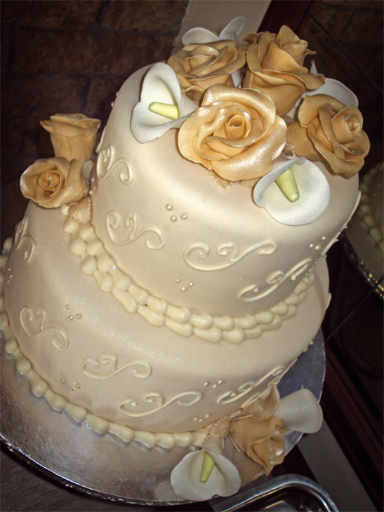 Delana S Cakes Ivory Wedding Cake