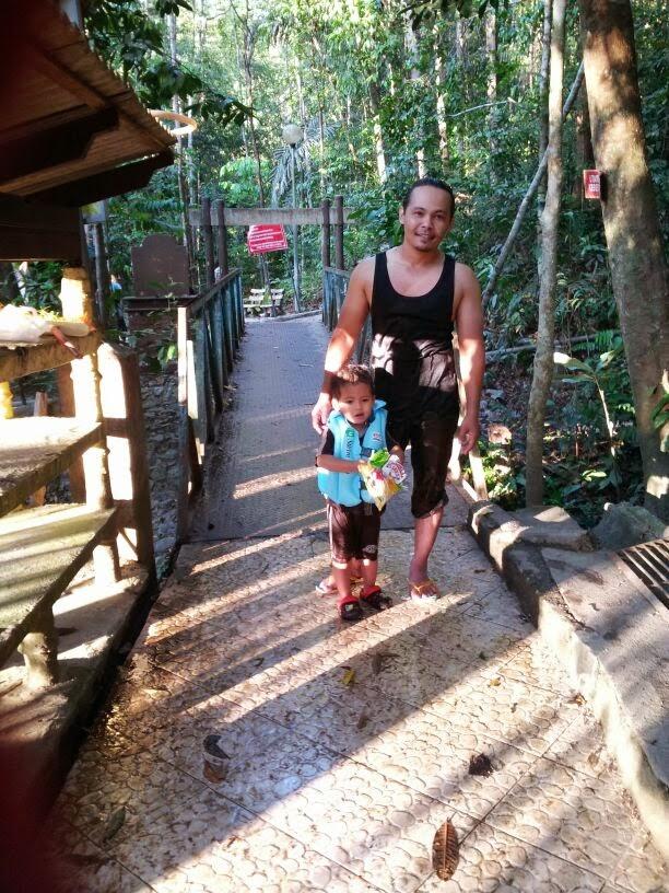 kolam air panas la, la hot spring, la hot spring terengganu, tempat menarik di terengganu, tempat menarik di Malaysia,