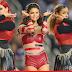 Selena Gomez apresenta medley em 'Dia de Ação de Graças' do Dallas Cowboys