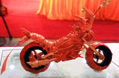 ロブスターのバイク