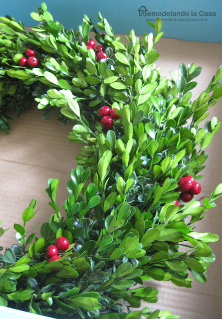 The Home Depot wreaths, boxwood