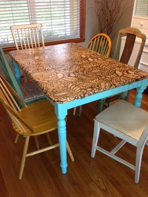 The yellow fern kitchen table makeover for How to build a small kitchen table