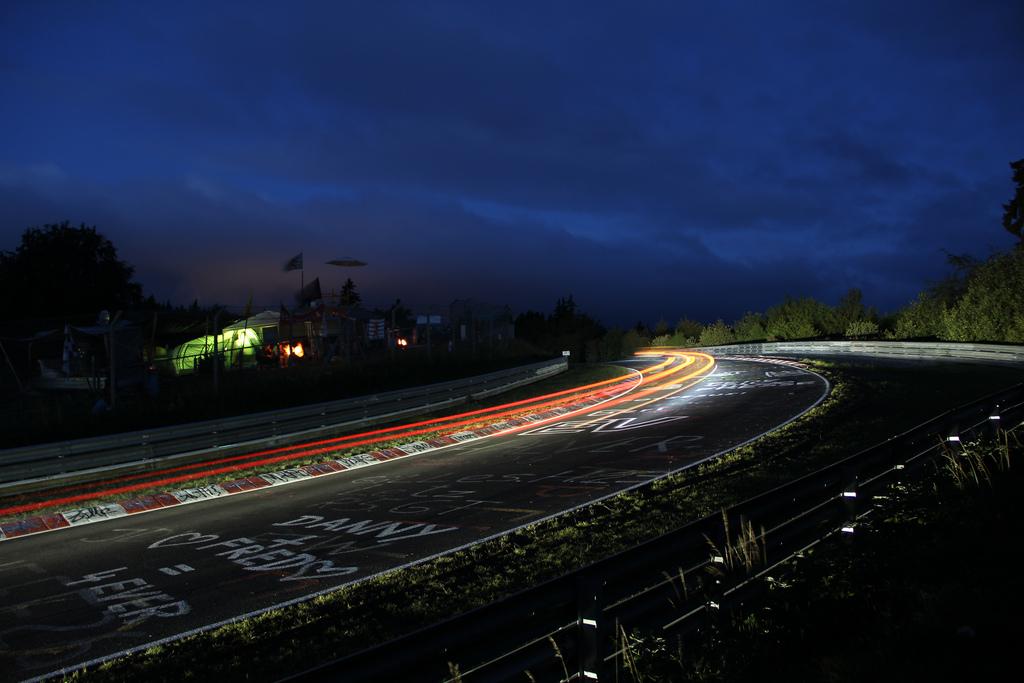 24 Horas de Nürburgring (13-16 Mayo 2010) - Página 3 Nurburgring+Nordschleife+24+hours