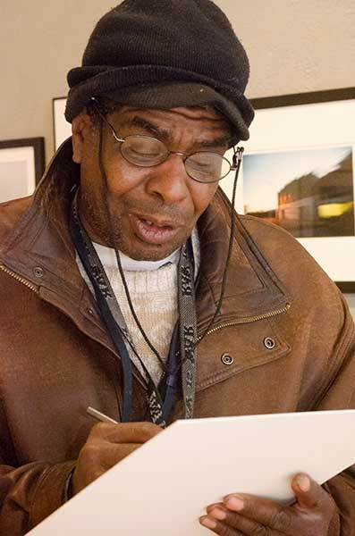 Ernest Oliphant, artist, drawing from life at Through This Lens gallery