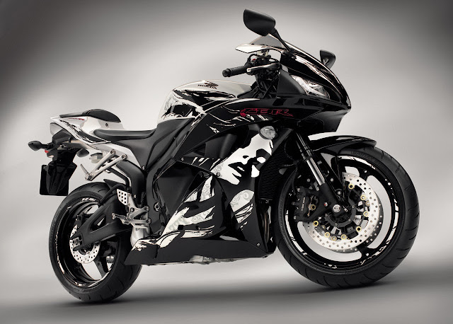 Gambar Honda CBR 600RR 2014 HD Wallpaper