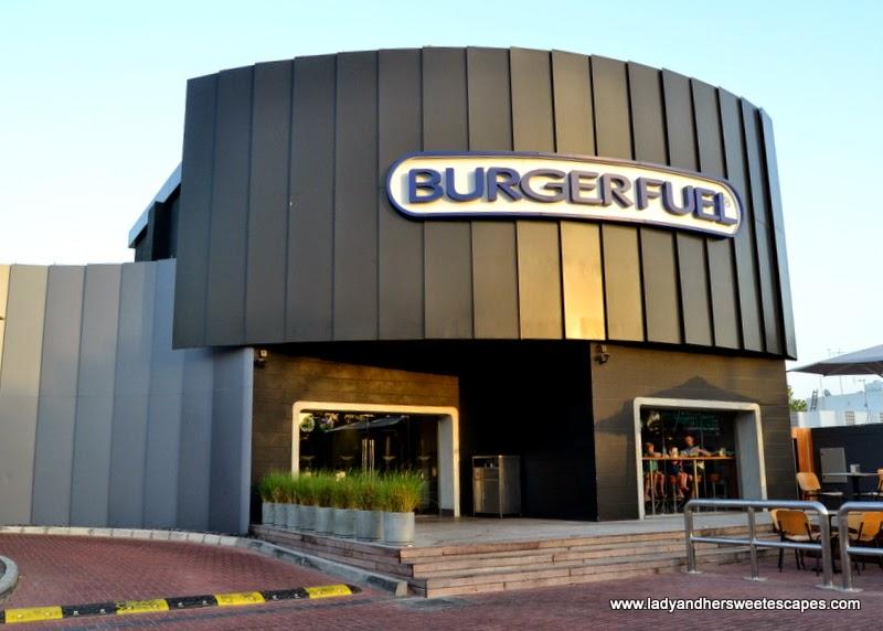 the strange-looking BurgerFuel store along Jumeirah Beach Road