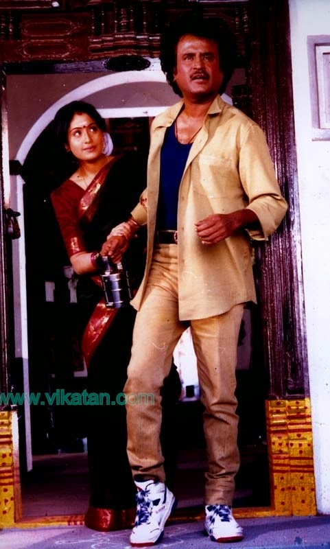 RAJINIKANTH & VIJAYASHANTHI IN 'MANNAN' MOVIE