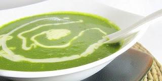 """<img src=""""crema-de-espinacas.jpg"""" alt=""""la crema de espinacas es nutritiva y fácil de preparar"""">"""
