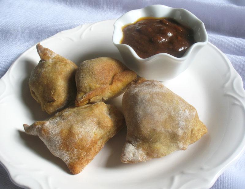 Baked Mini Vegetable Chickpea Samosas | Lisa's Kitchen | Vegetarian ...