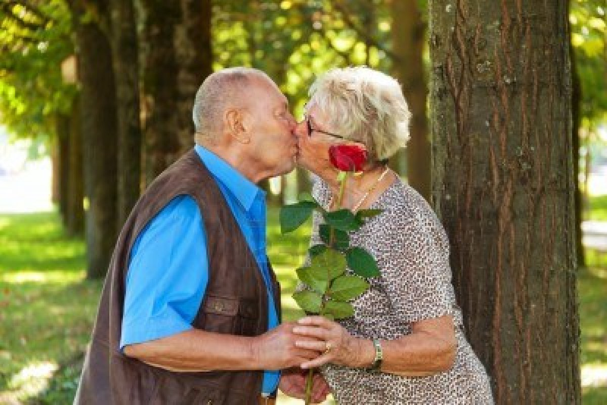 Dibujos Fotos Imagenes Pareja Viejitos Ancianos Enamorados Hawaii