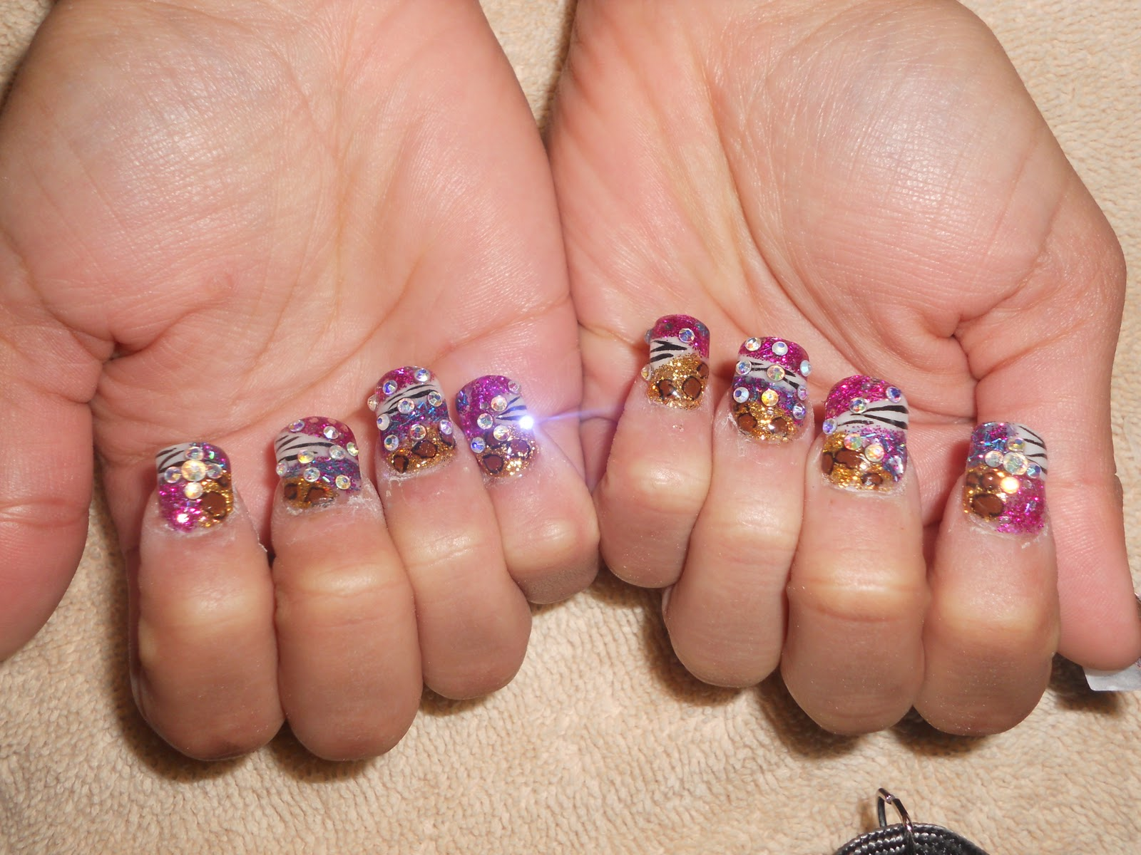 Diana\'s Nails: Estilo Sinaloa Colorido: $30 Full Set