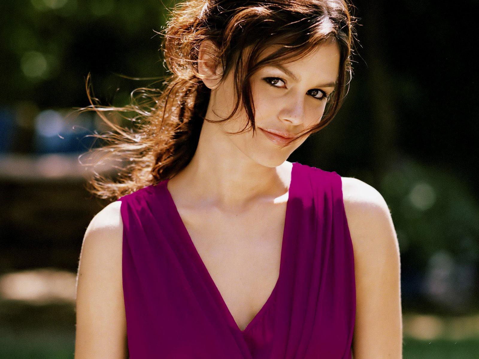Jumper Actress Rachel Sarah Bilson HD Free Wallpapers - jumper actress rachel sarah bilson wallpapers