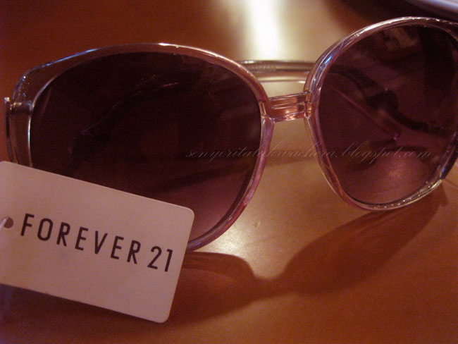 Forever 21 sunglass take away Fashion, forever 21 sunglass, shades, SM Mega Mall, Starbucks molten chocolate cake. Forever 21 sunglass take away Fashion, forever 21 sunglass, shades, SM Mega Mall, Starbucks molten chocolate cake