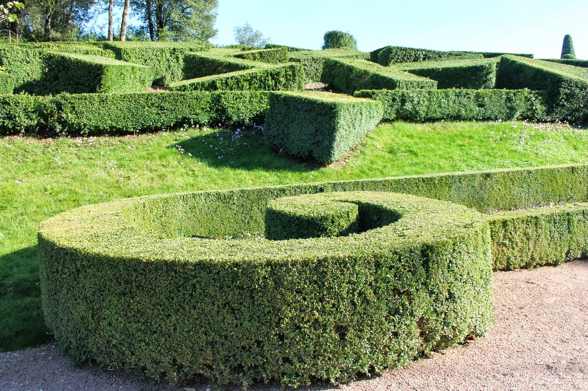 mes motsdoubs les jardins de marqueyssac en dordogne. Black Bedroom Furniture Sets. Home Design Ideas