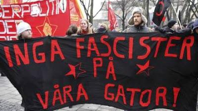 Демонстрацию нацистов пытались предотвратить 500 участников антирасистской организации