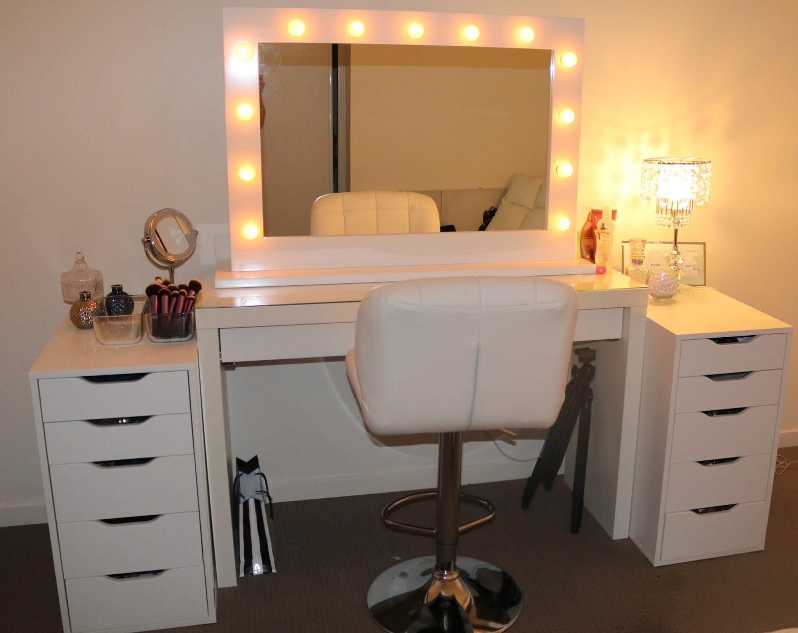 Vanity Lights Installed On Mirror : ROGUE Hair Extensions: IKEA MAKEUP VANITY & HOLLYWOOD LIGHTS!